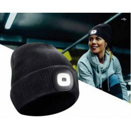 Beanie mit LED Jogging Set